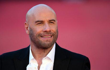 Čez noč, javnost v šoku: John Travolta je po smrti svoje žene sprejel življenjsko odločitev