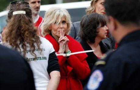 Ameriško filmsko igralko Jane Fonda že tretjič v treh tednih aretirali pred kongresno palačo v Washingtonu