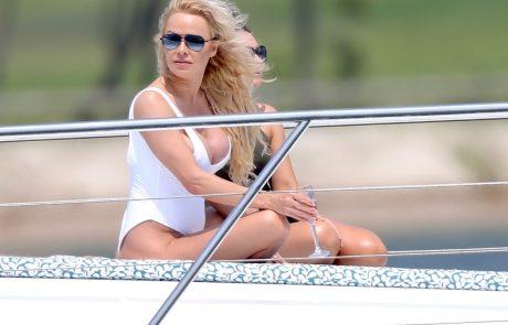 Javnost ne more verjeti, s kom je Pamela Anderson v zvezi