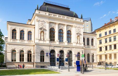 Vrata danes odpirajo knjižnice, muzeji in galerije