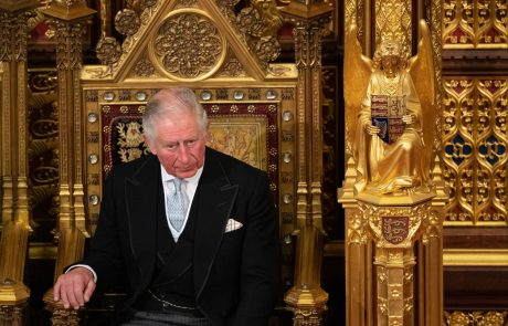 Še danes ne more mimo tega: Princ Charles je zaradi enega pogovora osramočen za vse življenje