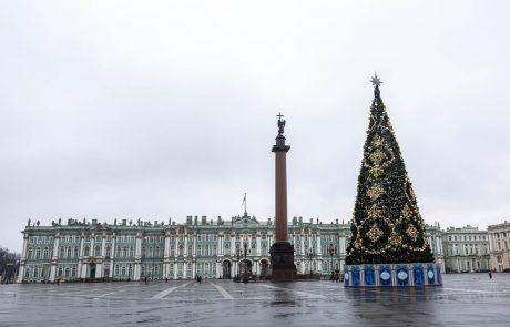 V Rusiji leto 2019 najbolj toplo doslej, v središču Moskve umetni sneg