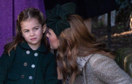 Princesa Charlotte je po božični maši s to gesto ganila cel svet
