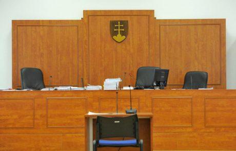 Sodišče oprostilo bogataša, ki naj bi naročil umor novinarja