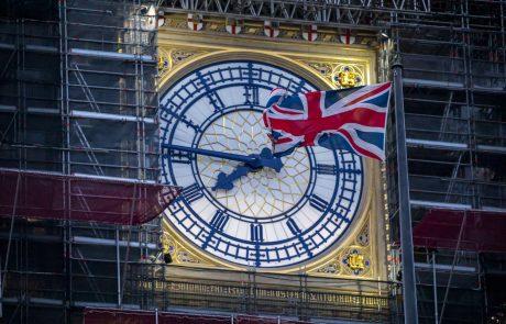 Bruselj in London ponoči nadaljevala pogovore, dogovor naj bi bil blizu