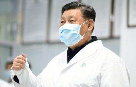 Kitajski predsednik Xi obiskal bolnike, ki so zboleli zaradi koronavirusa