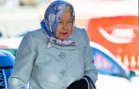 Kraljica Elizabeta šokirala z odločitvijo: zapušča Buckinghamsko palačo