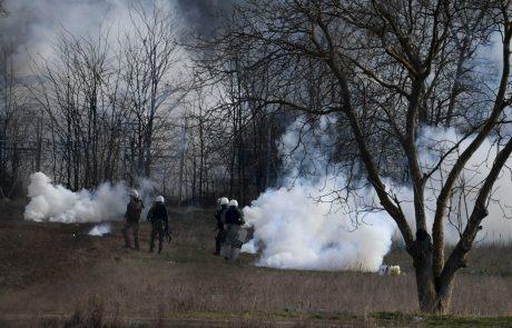 Na grško-turški meji novi spopadi med migranti in grškimi policisti
