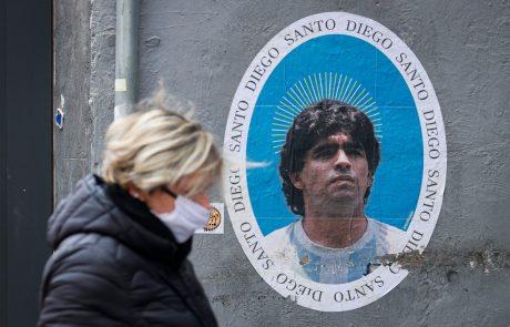 """Maradona le nekaj dni po 60. rojstnem dnevu pristal v bolnišnici: """"Za njim je zelo čustven in težak teden"""""""