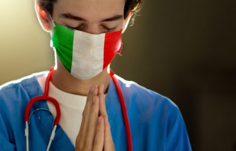 Skoraj polovica zaposlenih v domovih za starejše na severu Italije zaradi pandemije trpi zaradi posttravmatskega stresa