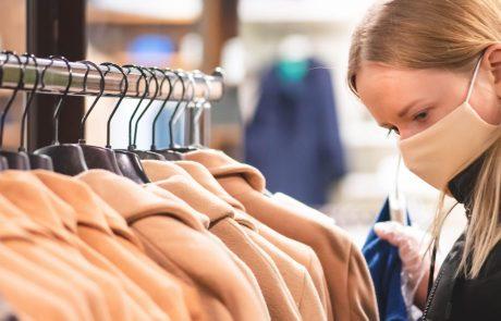 Spet odprtih več trgovin, naprave lahko zaženejo tudi na smučiščih