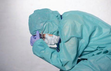 Ob najvišjem številu umrlih za covidom-19 v enem dnevu se število hospitaliziranih bliža 1000