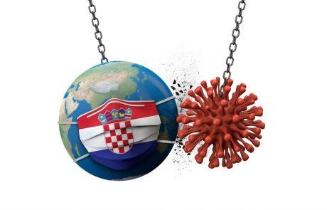 Slovenija Hrvaške kljub številnim okužbam ne bo umaknila s seznama varnih držav
