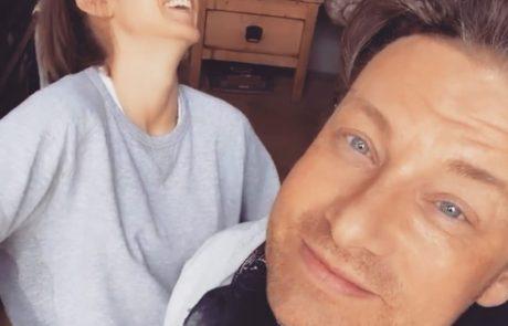 Žena Jamieja Oliverja ob 21. obletnici zakona na instagramu delila intimne fotografije z njune poroke
