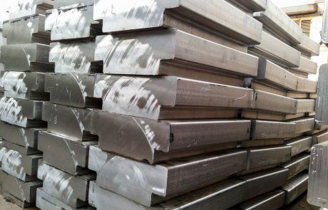 ZDA uvedle dodatne carine na slovenski aluminij
