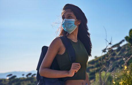 Na Institutu Jožef Stefan testirali: Učinkovitost pralnih mask, ki jih lahko sešijemo doma in uporabljamo večkrat, med 19 do 82-odstotna