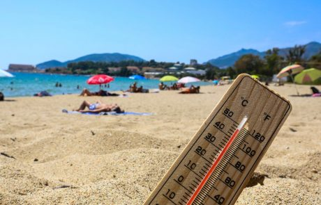Francijo zajel vročinski val; vročina tudi drugod po Evropi