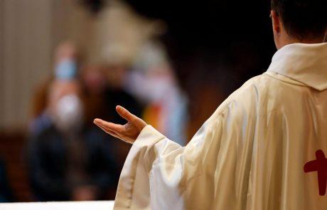 Vladni korona bombončki: Študentom skromnih 150 evrov, duhovnikom pa 700 evrov plus plačilo prispevkov