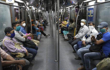 V Indiji število okužb s koronavirusom preseglo 6 milijonov