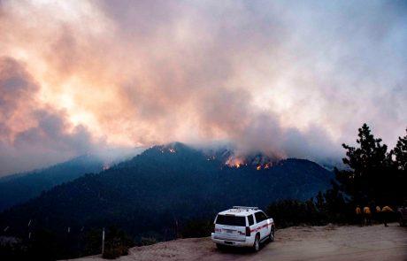Dim od požarov v ZDA, ki so tokrat do več stokrat bolj intenzivni kot običajno, dosegel severno Evropo