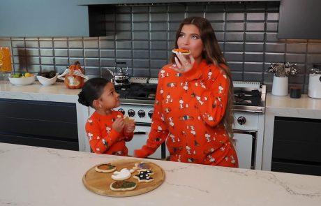 Kylie Jenner in njena mala Stormi pečeta: Ideja za Halloween piškotke, ki jih pripravite in okrasite skupaj z otroki (video)
