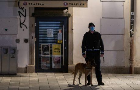 "V Mariboru protestirali zaradi protikoronskih ukrepov: ""Maske dol, vlada pa v zapor"""