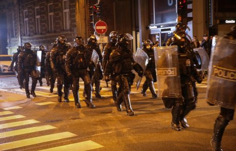 """""""Policisti očitno postajajo žrtve provokacij oblasti"""""""