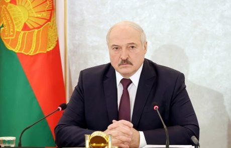 V Belorusiji na protestih proti Lukašenku znova več tisoč ljudi