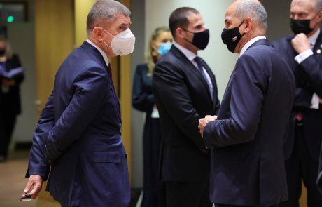 Češkega premierja Babiša tik pred volitvami doletela kazen zaradi korupcije