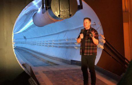Elon Musk prehitel Bezosa in postal najbogatejši Zemljan