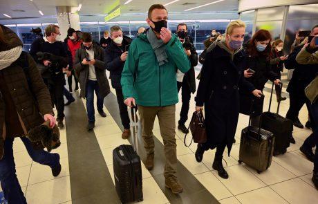 Iz sveta novi pozivi k izpustitvi Navalnega: Gre za poskus utišanja opozicijskega voditelja in drugih kritičnih glasov v Rusiji