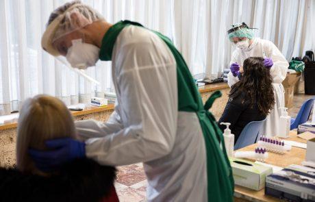 Število okuženih spet visoko, toliko se jih zdravi v bolnišnicah