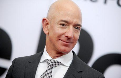 Jeff Bezos se poslavlja z položaja mesta v Amazonu