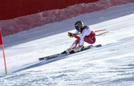 Lara Gut-Behrami pričakovano zmagovalka superveleslalomskega seštevka
