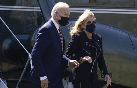 Biden: Širjenje dezinformacij o pandemiji covida in cepivih na družbenih omrežjih ubija ljudi