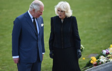 Camilla je Charlesa zapustila dva dni po Philipovem pogrebu?