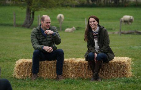 Njeni najljubši škornji: Kate Middleton že 17 let prisega na ene in iste škornje!