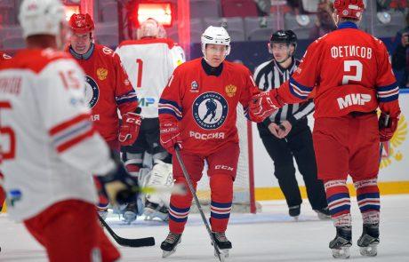 Putin na hokejski tekmi zabil osem golov in poskrbel za zmago svojega moštva