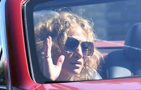 """""""Ona je bolj njegov general kot punca"""": J. Lo želi spremeniti Bena"""