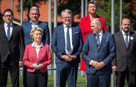 Tuji mediji o Janševem čudaškem početju ob začetku slovenskega predsedovanja Svetu EU