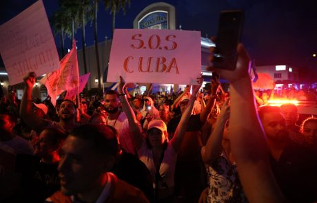 Na Kubi množični protesti zaradi pomanjkanja hrane