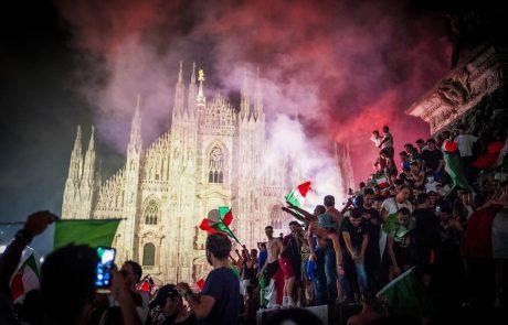 Več Italijanskih navijačev huje poškodovanih med proslavljanjem v Milanu, prizori so bili res divji (foto)