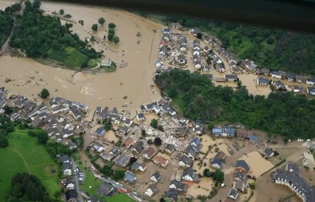 Na nekaterih poplavnih območjih v Nemčiji se razmere končno umirjajo, umrlo več kot 150 ljudi