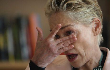 Neutolažljiva Sharon Stone razkrila, da je umrl njen nečak, star komaj 11 mesecev