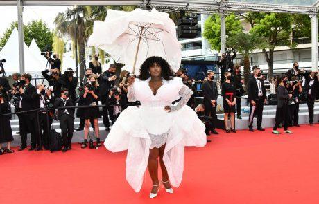 Zadnji vikend v Cannesu: Na rdeči preprogi je kipelo od glamurja, dragih kamnov, svile in čipke