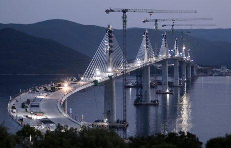 Spektakularen most na Pelješac dokončno zgrajen, promet naj bi stekel v 2022 (foto)