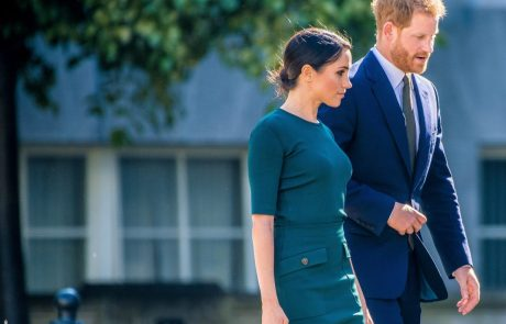 Palača šokirana zaradi novih zahtev princa Harryja in Meghan: Bo kraljica pristala na to?