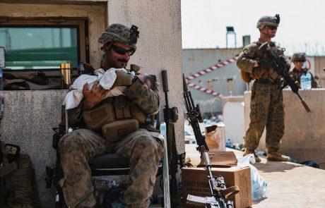 Več držav danes ustavlja evakuacijske lete iz Kabula ali pa bodo to storile kmalu