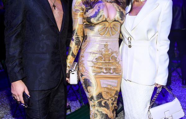 Na zasebnem Versace dogodku so si zvezdnice dale duška s svojimi drznimi outfiti (foto)